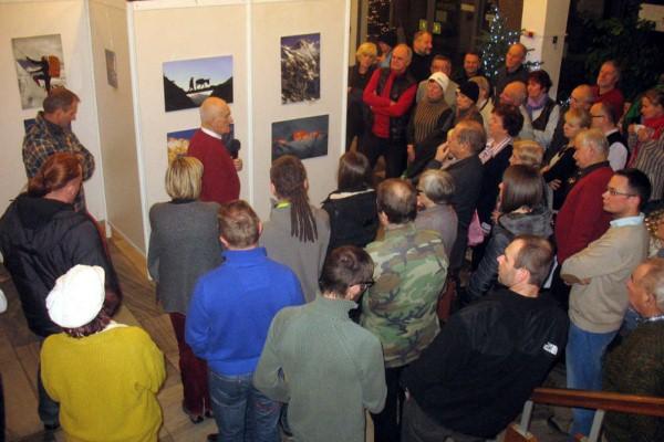 Jan Weigel oprowadza po wystawie