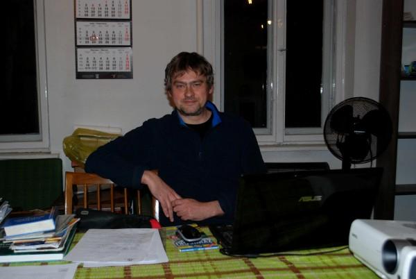 Robert Słonka w trakcie prelekcji