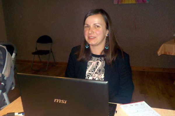 Agnieszka Wypych w trakcie prelekcji